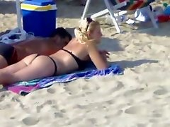 ASS ON BEACH