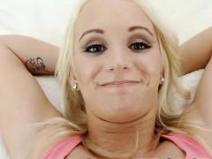Tight pussy Emily Austin