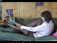 Hot neighbor spies upon babes nyloned feet