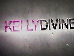 Pornstar Honey Kelly Diving Giving Hardcore Blowjobs