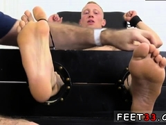 Feet gay man photo amateur first time he turned out to be qu
