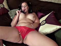 Usawives curvy mature bbw dylan jenn masturbating