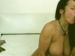 Tattoo Milf Squirting On WebCam
