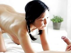Masseur seduces slut to team fuck her wet pussy