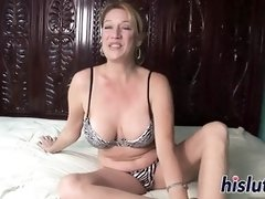 Tough blond tart ravages her fleshy gash