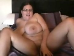 Fat Chick With Saggy Breasts Masturbates