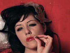 mary jane green smoking mary jane :)