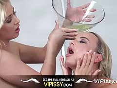 Vipissy - Distracting With Piss - Pissing Pornstars