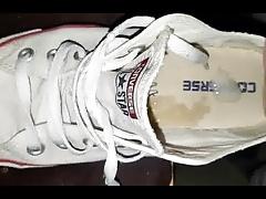 Schuhe der Besucherin vollgespritzt