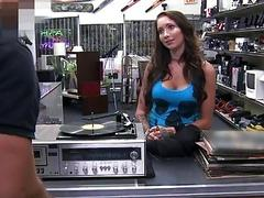 Sexy amateur babe banged by pawn keeper