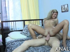 Honey gets her anal tunnel stretched by dudes massive rod