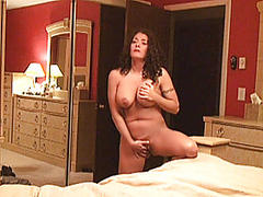 Busty amateur Milf homemade action