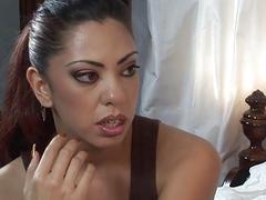 Victoria Givens and Satine Phoenix Lesbian Orgasm