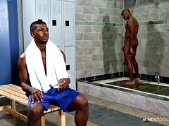 close ebony ebony public showers to fuck