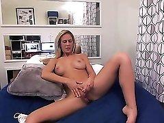 Vibrator pleasures cunt of blonde Cherie Deville