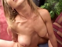 Dirty floozy gets her titty fucked
