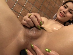 Ladyboy Grace Jerks Off And Toys