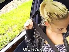 Stunning hitchhiker teen Jessie Sinclair
