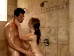 Brunette masseuse gives head to big rod in shower