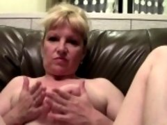 Older senorita exposes her freshly shaved beaver