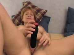 chubby milf linda enjoing a pleasant time