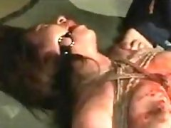 Dazzling Asian babe gets her sexy body tied up and covered
