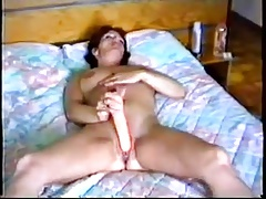 Mature wife masturbates to orgasm