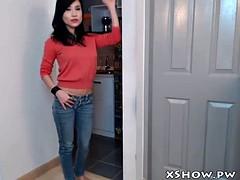 sexy thai slut masturbation on live cam