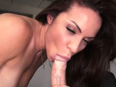 Hottie Kylie Gives Head And Gets Fucked By The Repairman