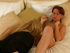 Hot lesbian Anna Pierceson gets too hot to handle together with her girlfriend